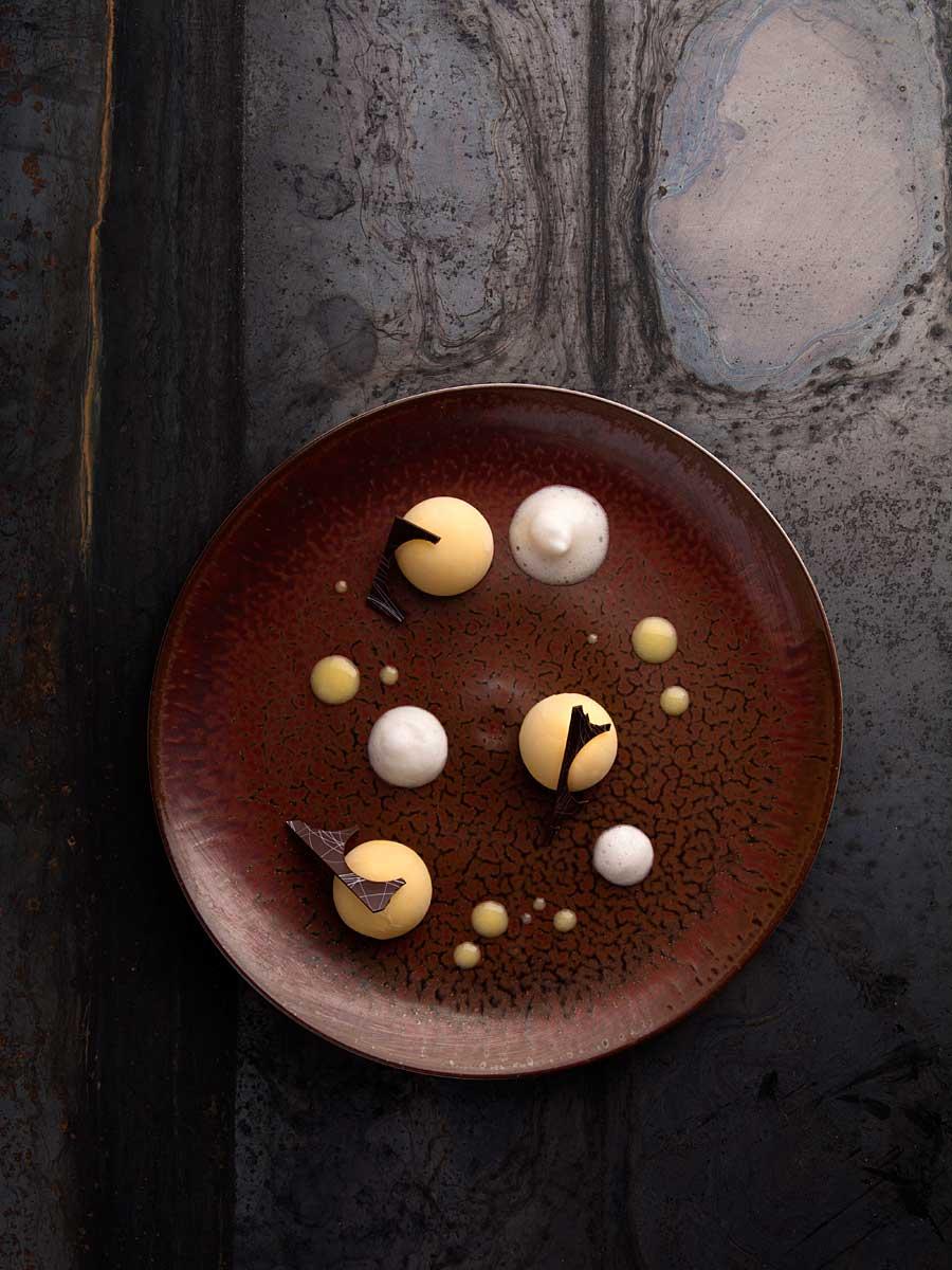 CHERRYSTONE Photographe Culinaire studio lyon_ Domaine des Séquoias, Lemon curd yuzu tarte citron