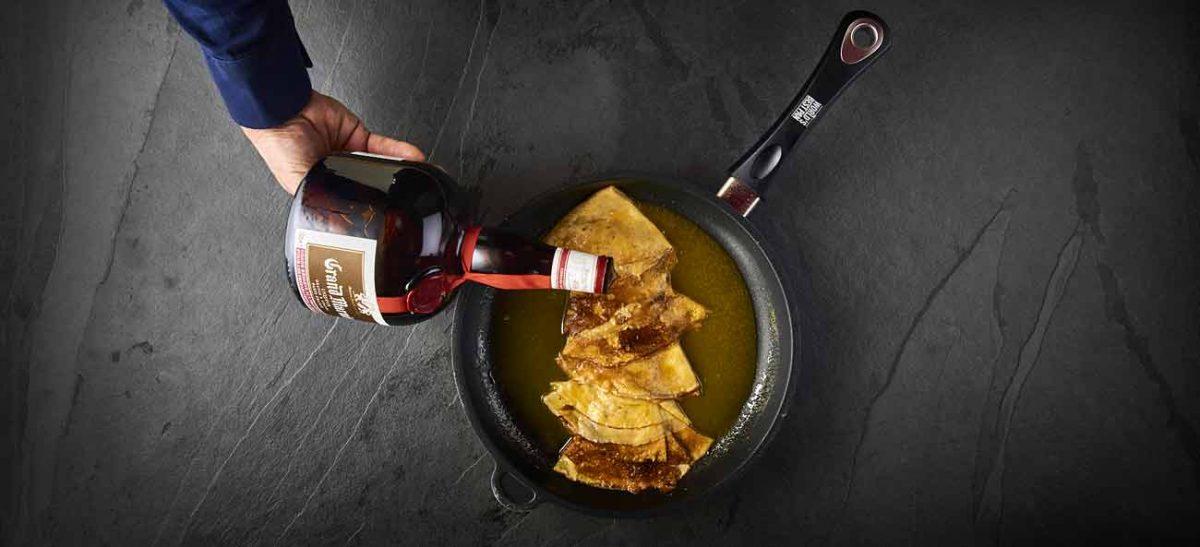 Pas à pas de la recette des crêpes Suzette, photographie technique culinaire lyon