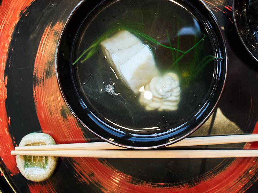 cherrystone photographie culinaire_ tokyo kozue _ soupe morue cabillaud