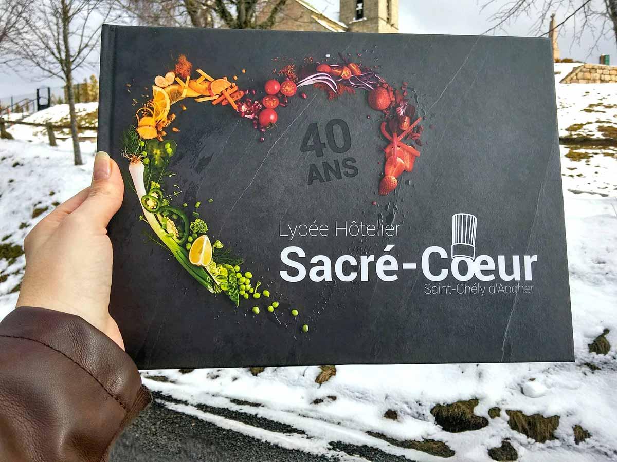 Parution du livre «40 ans Lycée Hôtelier Sacré-Cœur de Saint-Chély d'Apcher»