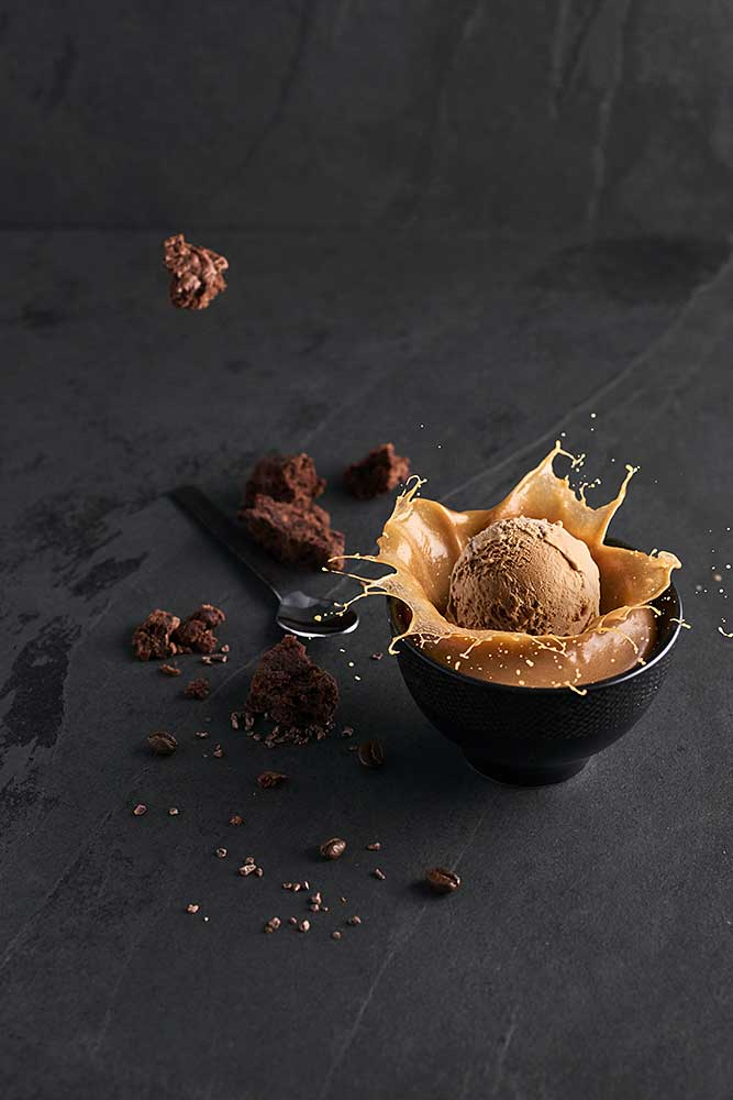 GLACES-ALPES-CARAMEL-BROWNIE-CHERRYSTONE-PHOTOGRAPHIE-CULINAIRE