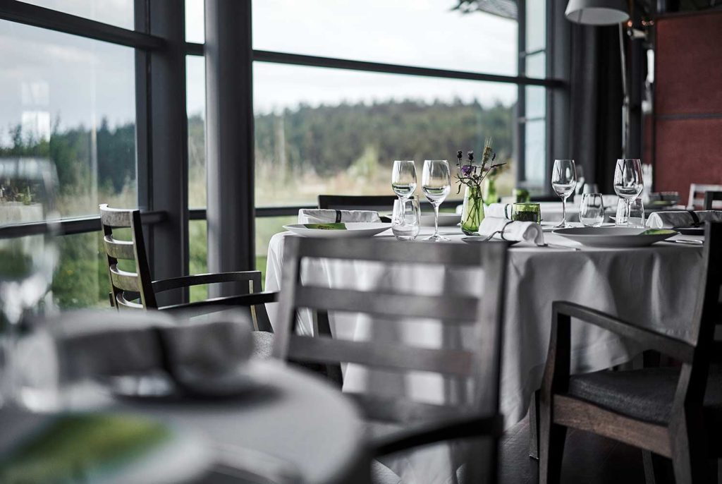 MARCON-RESTAURANT-TABLE-HOTE-VERDURE-CHERRYSTONE-PHOTOGRAPHIE-CULINAIRE