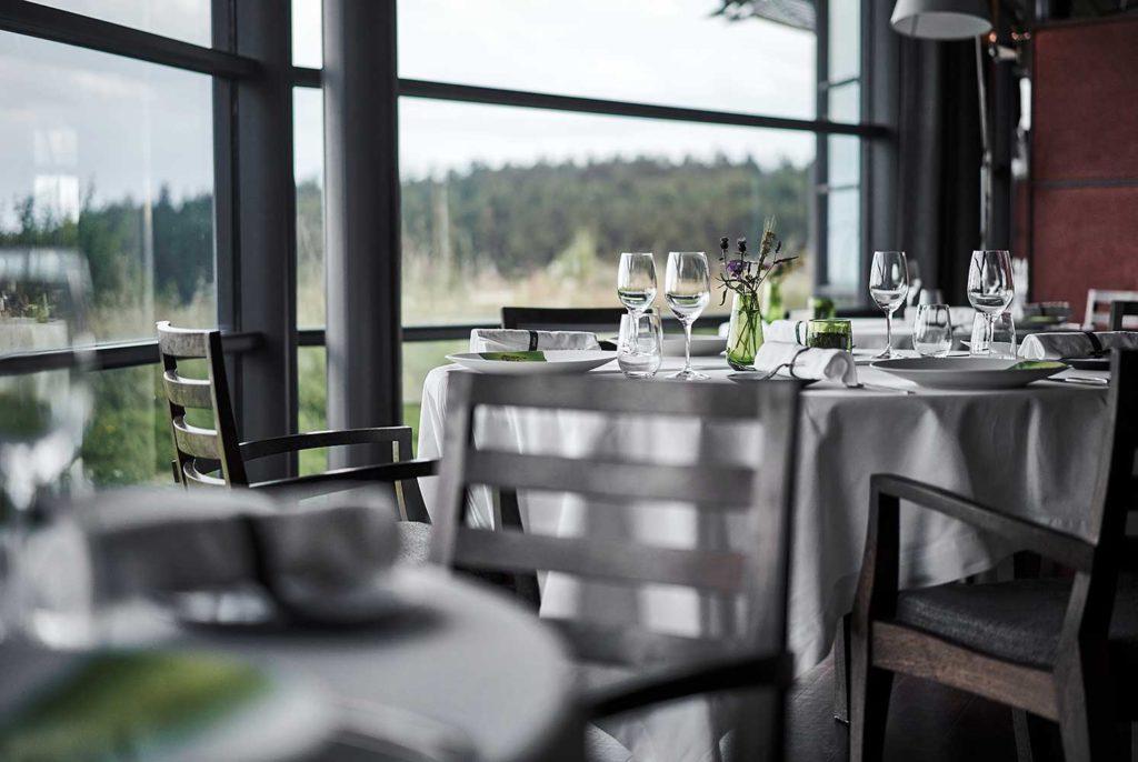 MARCON-RESTAURANT-TABLE-HOTE-VERDURE-CHERRYSTONE-PHOTOGRAPHIE-CULINAIRE