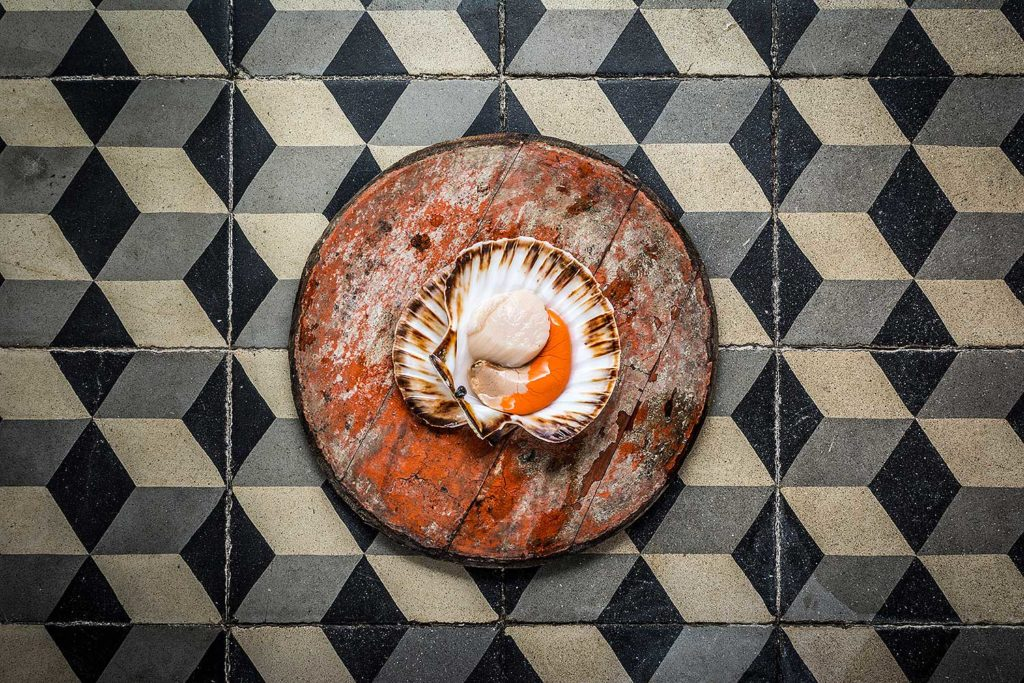 NOIX-SAINT-JACQUES-ORANGE-TEXTURE-CHERRYSTONE-PHOTOGRAPHIE-CULINAIRE